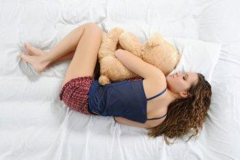 Как правильно спать беременным женщинам: в какой позе и на каком боку лучше