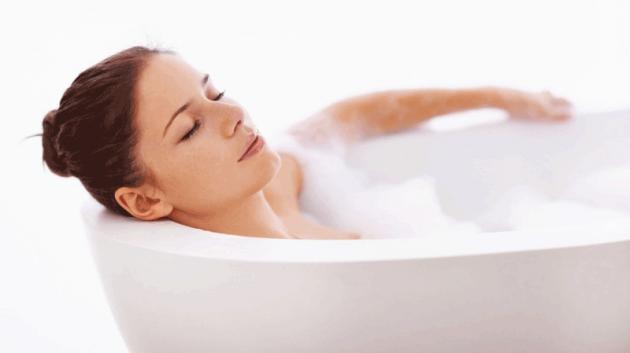 сколько можно лежать в ванной беременным