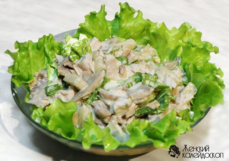Салат с курицей, шампиньонами и сыром - рецепт с фото